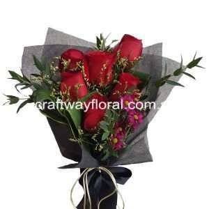Confiding Love as its name implies, willingness to entrust and commit to your loved ones. Get her this bouquet to let her know what's in your heart. Blooms contain : Red Roses,caspias, eucalyptus, cordyline and pom poms.