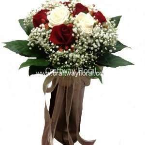 The mixed colours of red and white signify unity and mean 'I Love you intensely'. Get this gorgeous bouquet of mixed red and white roses now!