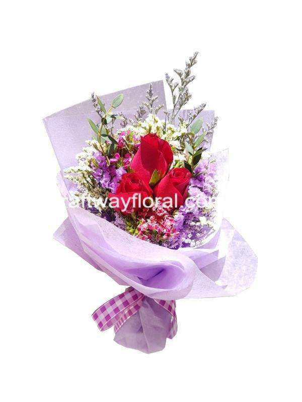 Bouquet filled with extravagant flowers. Sweetness, love and trust surrounds the roses. Dissipate your love around you.
