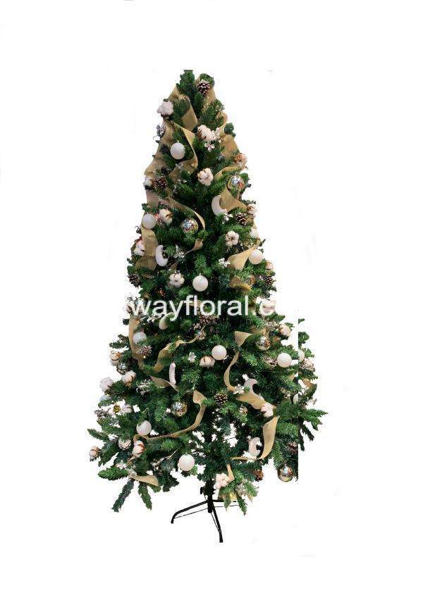 The White and Brown Christmas tree theme gives a simple, clean yet modern look.By teeming white color with brown also brings warm and a sense of stability.