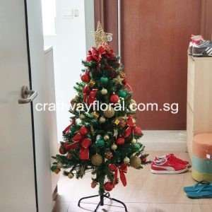 This Gold/Red Christmas Pine Tree represent confidence and luxury that reflects both charm and warm energizing love together. It brings a really powerful presence and get someone's attention fast.